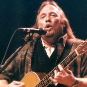 CSNY_Concert_Photos_Tall_Picslive_01