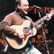 Dave_Matthews_Band_Concert_Photos_Tall_Picslive_03