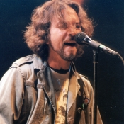 Pearl_Jam_Concert_Photos_Tall_Picslive_03