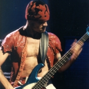 Red_Hot_Chili_Peppers_Concert_Photos_Tall_Picslive_05