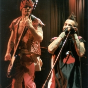 Red_Hot_Chili_Peppers_Concert_Photos_Tall_Picslive_06